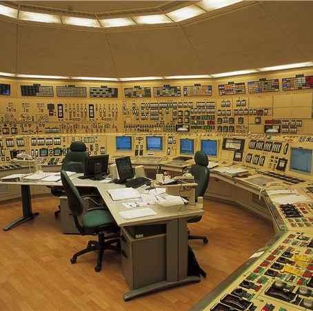 Endesa Educa permite a los alumnos adentrarse en una central nuclear en funcionamiento